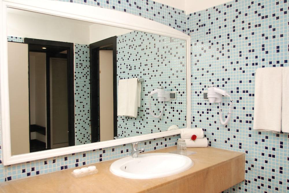 알레그로 아가디르(Allegro Agadir) Hotel Image 8 - Bathroom