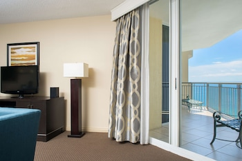Suite, 1 King Bed, Non Smoking, Partial Ocean View