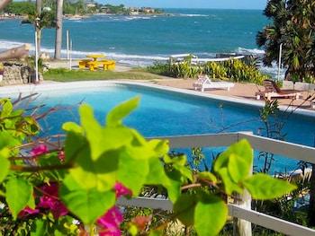 Hotel - Treasure Beach Hotel