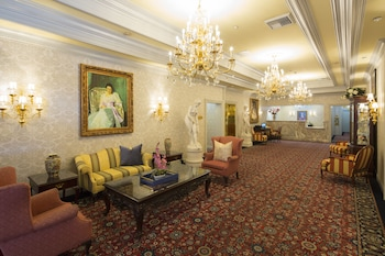 Bristol Hotel, Boutique Collection