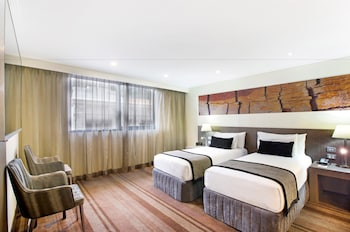 Guestroom at Rydges World Square in Sydney