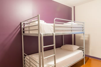 Female Dorm Room (Single Bed in Female Only Dormitory)