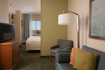 Guestroom at SpringHill Suites by Marriott Charleston Downtown Riverview in Charleston