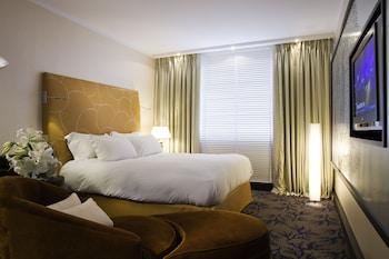 Superior Tek Büyük Yataklı Oda, 1 Çift Kişilik Yatak (fitness And Sofitel Spa)