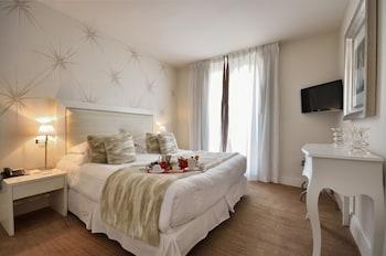 Hotel - Hotel Renoir