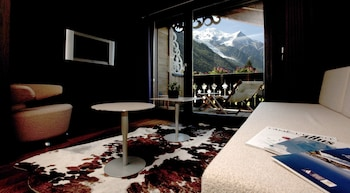Deluxe Double Room, Fireplace, Mountain View (Mont Blanc)