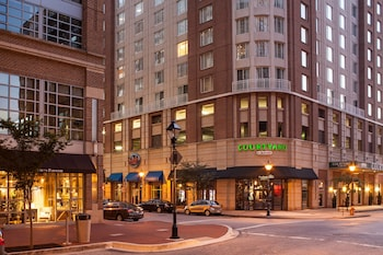 Exterior at Courtyard by Marriott Baltimore Downtown/Inner Harbor in Baltimore