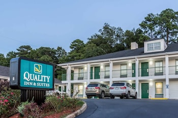 Hotel - Quality Inn & Suites near Lake Oconee