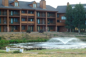 Hotel - Inn at SilverCreek