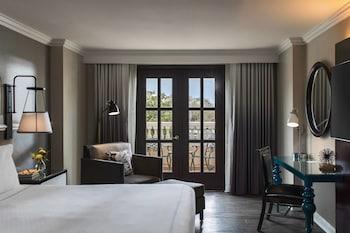 Guestroom at Renaissance Charleston Historic District Hotel in Charleston