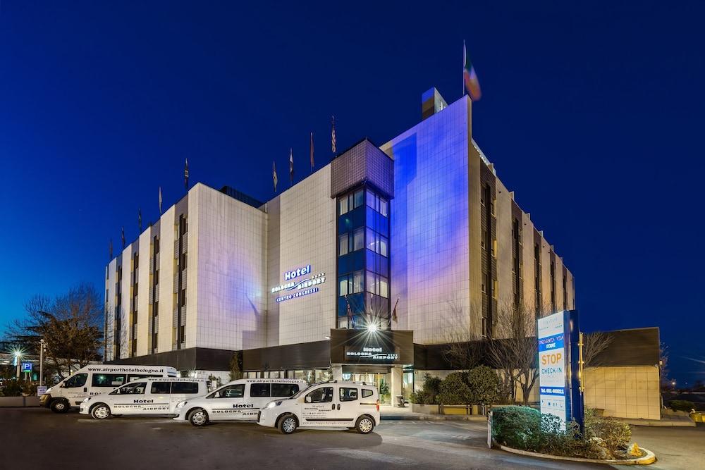 ホテル ボローニャ エアポート