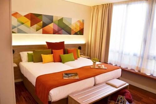 . Hotel Escuela Santa Cruz