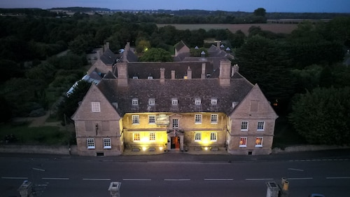 . The Haycock Manor Hotel