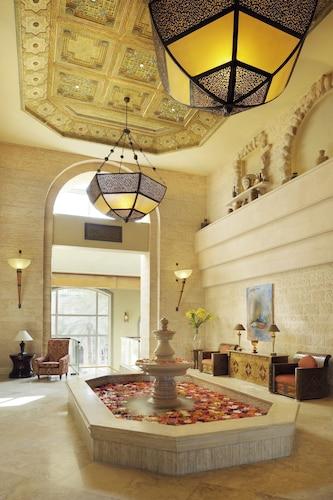 . Movenpick Resort & Residences Aqaba
