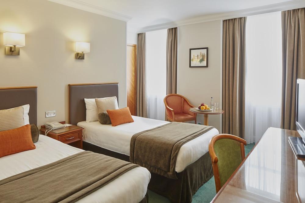 랭커스터 게이트 호텔(Lancaster Gate Hotel) Hotel Image 4 - Guestroom