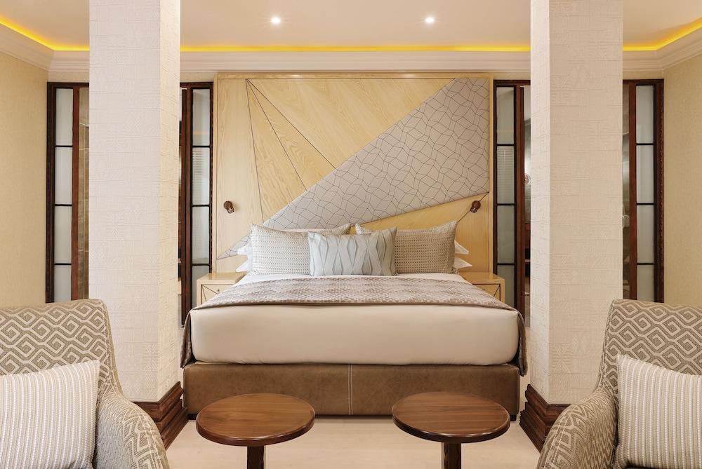 https://i.travelapi.com/hotels/1000000/580000/574000/573947/219c0e8d_z.jpg