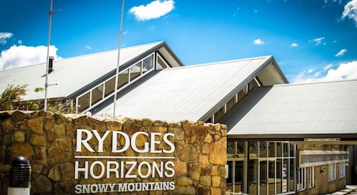 . Rydges Horizons Snowy Mountains