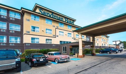 . Sandman Hotel Red Deer