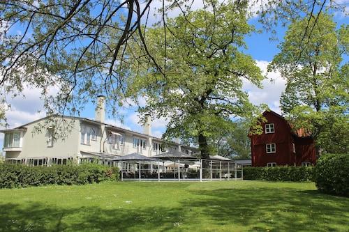 . Villa Källhagen