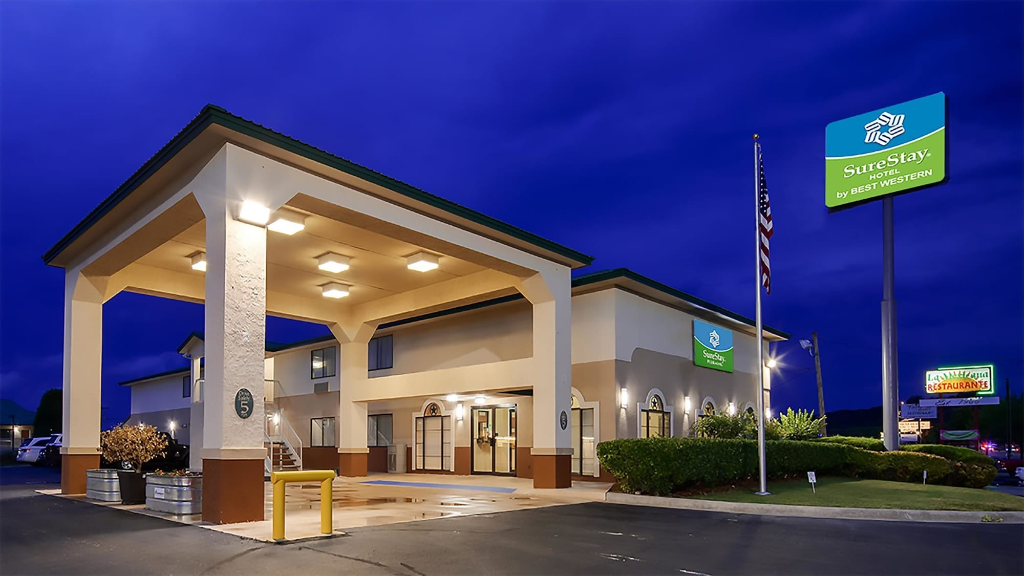 SureStay Hotel by Best Western Sonora, Sutton