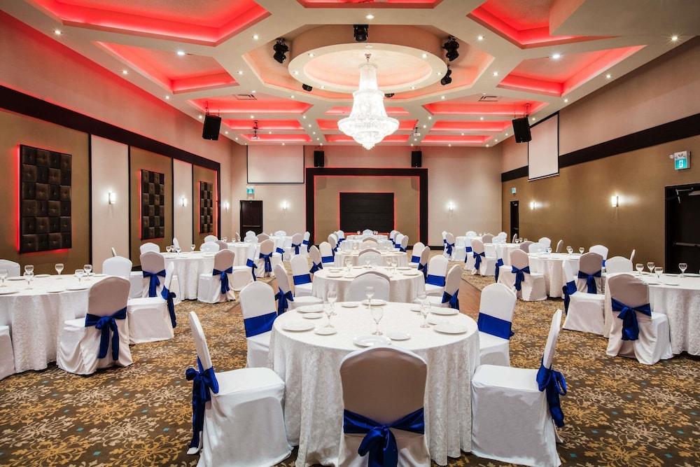 라마다 바이 윈덤 잭슨스 포인트(Ramada by Wyndham Jacksons Point) Hotel Image 27 - Ballroom