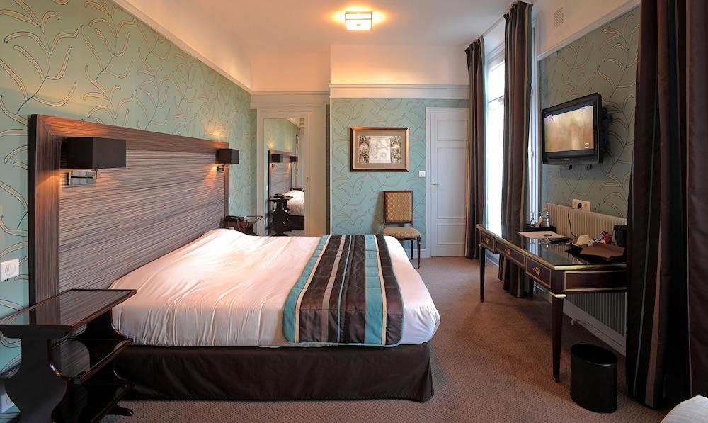 Hotel Le Grand Hotel Tours