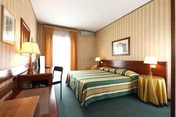 ホテル ジアルディーノ デウロパ