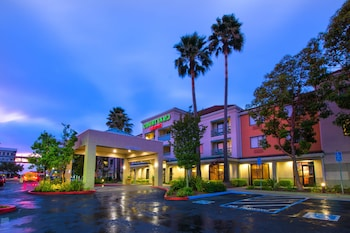 Hotel - Courtyard by Marriott Oakland Airport