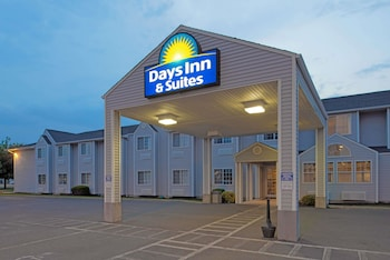 Hotel - Days Inn & Suites by Wyndham Spokane Airport Airway Heights