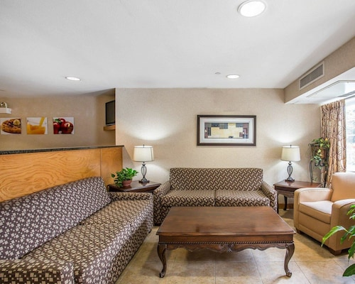 Quality Inn And Suites, Wilson