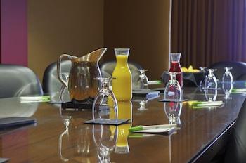 Suite, Non Smoking (Prairie)