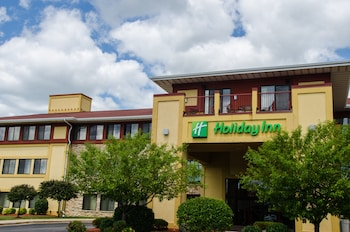 皮沃基拉迪森飯店 Holiday Inn Pewaukee - Milwaukee West, an IHG Hotel