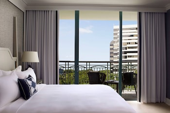 Executive Suite, 1 Bedroom, Non Smoking, City View