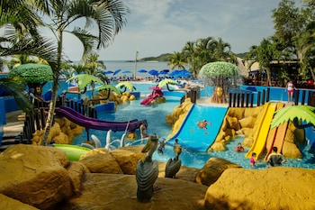Hotel - Azul Ixtapa Beach Resort and Convention Center - All Inclusive