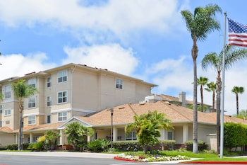 Residence Inn Los Angeles Lax El Segundo 4 1 Miles From Loyola Marymount University