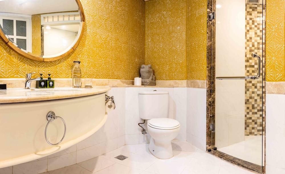 더 탄정 베노아 비치 리조트 - 발리(The Tanjung Benoa Beach Resort - Bali) Hotel Image 51 - Bathroom
