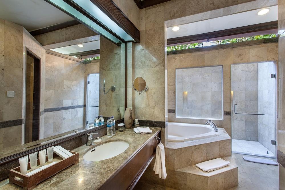 더 탄정 베노아 비치 리조트 - 발리(The Tanjung Benoa Beach Resort - Bali) Hotel Image 52 - Bathroom