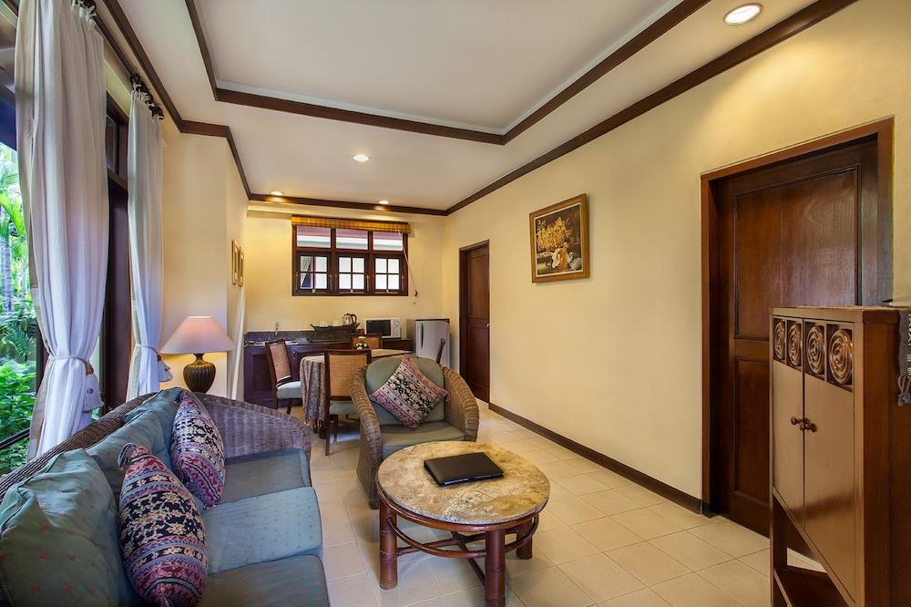 더 탄정 베노아 비치 리조트 - 발리(The Tanjung Benoa Beach Resort - Bali) Hotel Image 34 - In-Room Kitchen