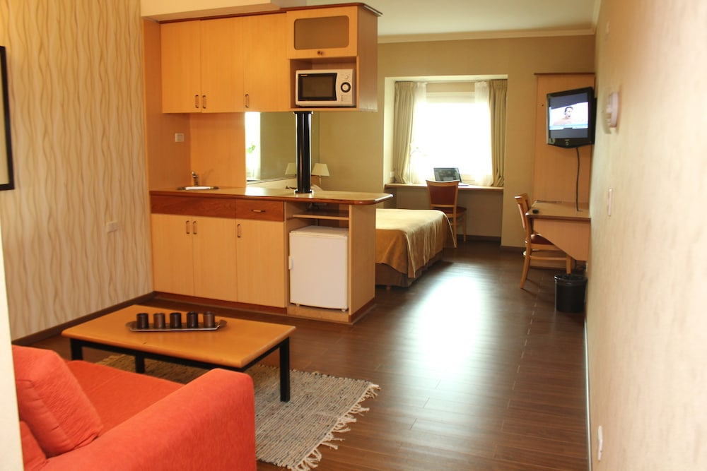 아에로파르케 인 & 스위트(Aeroparque Inn and Suites) Hotel Thumbnail Image 8 - 객실