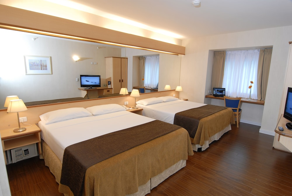 아에로파르케 인 & 스위트(Aeroparque Inn and Suites) Hotel Thumbnail Image 4 - 객실