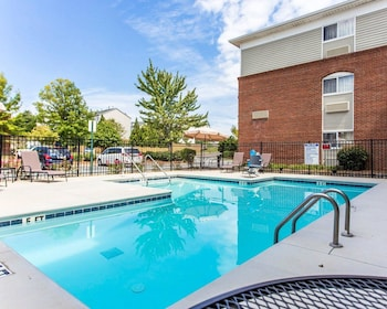 Suburban Extended Stay Kennesaw - Pool  - #0