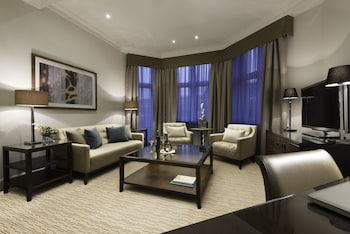 Executive Suite, 1 King Bed (Master)