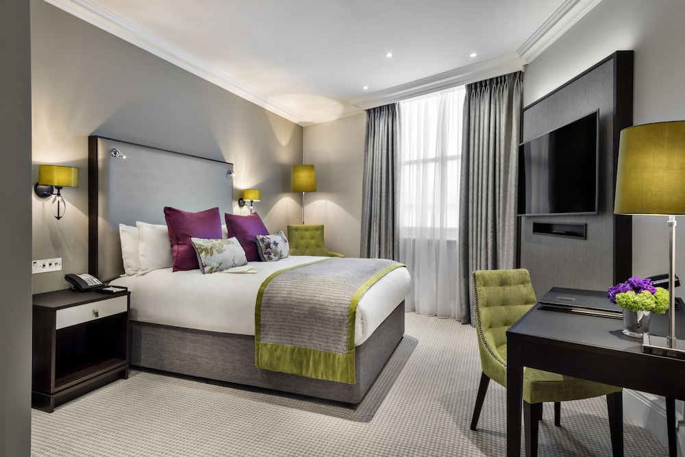 セント ジェームズ コート, ア タージ ホテル, ロンドン