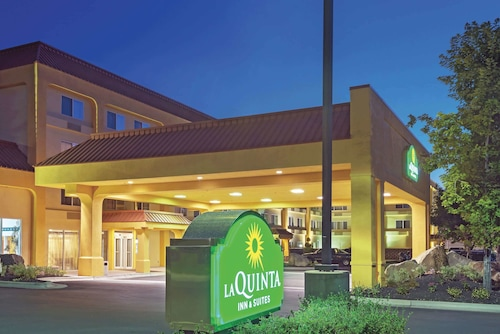 . La Quinta Inn & Suites by Wyndham Boise Towne Square