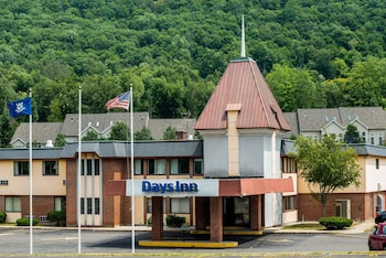 Hotel - Days Inn by Wyndham Berlin Meriden