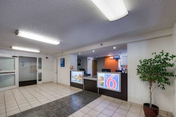 康乃狄克紐黑文 - 布蘭福德 6 號汽車旅館 Motel 6 New Haven - Branford, CT