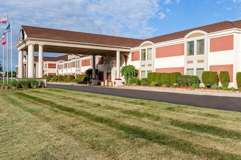 Hotel - Days Inn & Suites by Wyndham Roseville/Detroit Area