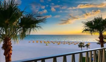 奧爾登套房飯店-海灘度假飯店 Alden Suites - A Beachfront Resort