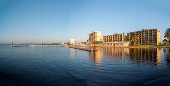 貝斯特韋斯特邁爾斯堡濱水飯店 Best Western Fort Myers Waterfront