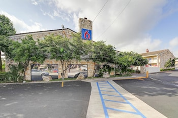 Hotel - Motel 6 San Antonio NW-Medical Center